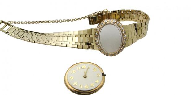 Gouden horloge met diamant